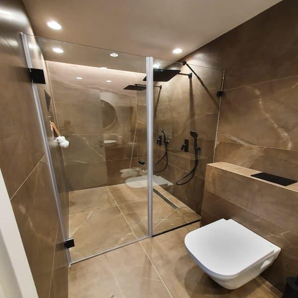 """מקלחון 8 מ""""מ חזית קבוע ודלת"""